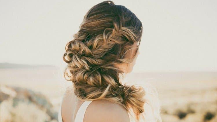 Kolay örgülü saç modelelri