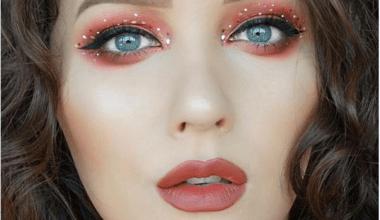 Noktalı Eyeliner Trendi İçin 11 Öneri