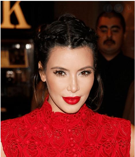 Kim Kardashian popüler saç örgüleri