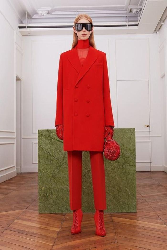 kırmızı modası 2018