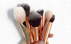 Makyaj Fırçaları Nasıl Temizlenir? Basit ve Uygun Yolları
