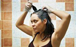Cildinizde Kalan Saç Boyasını Çıkarmanın 10 Yolu