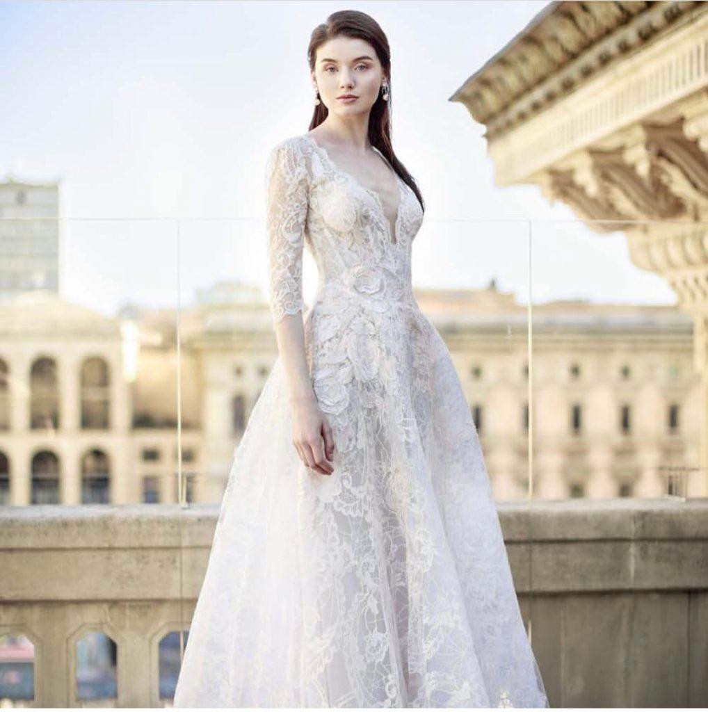 cdab68a377de1 Vakko markası giyim sektöründe tecrübesi olan yılların markasıdır. Birçok  ülkede yaygın mağaza ağı bulunmaktadır. Bunun yanında Türkiye'de ise geniş  bir ...